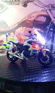 1:43 Honda CN750P 警察電單車 ( 5 LED改裝品)   有片睇