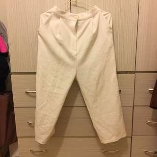 iiiiiiiixoiiiiiiii的白色直筒寬褲