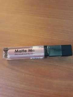 Matte Me Lip cream (Birthday Suit)