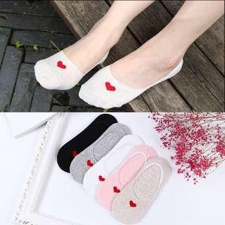 Plain heart shape ankle socks