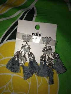 earrings by rubi