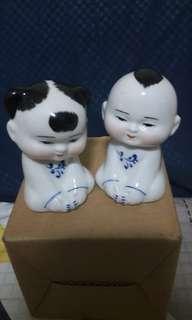 CR Figurine Boy n Girl Tooth Pick Holder