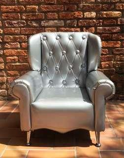 Wing Armchair for toddler
