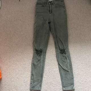 Green supre skinny ripped jeans size 6