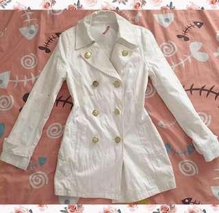 🌸 White Coat