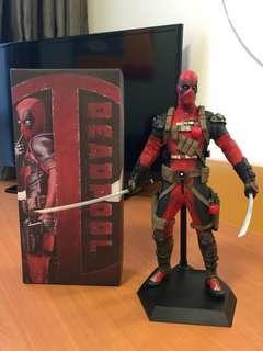 Deadpool crazy toys ( not star wars bandai hot toys)