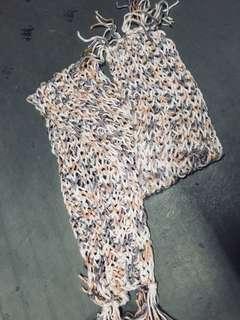 New knit scarf