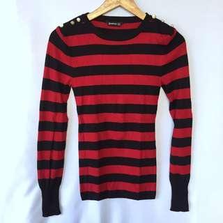 STRADIVARIUS red stripe knitted sweater