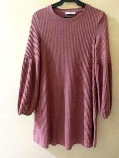 Almost New - Mango Longsleeves Knit Dress, winter travel fluff sleeves, Small but fits Medium