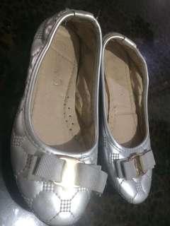 Preloved dollshoes(3-4yrsold)