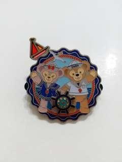 迪士尼襟章 徽章Disney pin(包郵) Duffy
