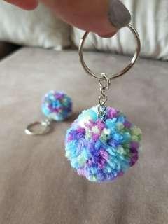 Brand New ~ Pom pom keychain