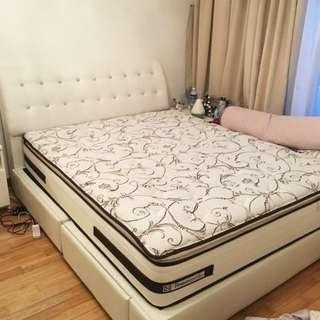 "Sealy Lensbury mattress ""super single"""