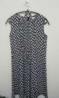🚚 無袖V領洋裝 附綁帶