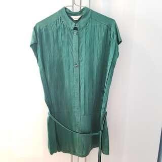 Woman's silk shirt with belt