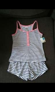 Girls size 7 top and shorts New with tag
