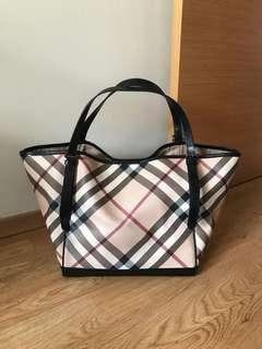 Authentic Burberry Nova Check Bag Large