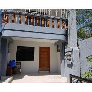 NEWLY RENOVATED HOUSE & LOT FOR SALE BF TOWNHOMES