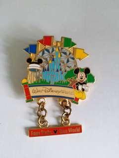 迪士尼襟章徽章 Disney pin (包郵) Mickey