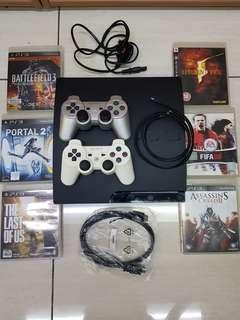 Sony ps3 320gb w 2 controller & 6 games