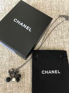 Chanel Necklace black