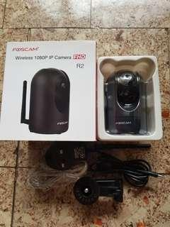 Foscam R2 Wireless IP Camera