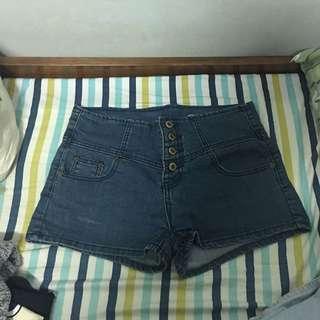 🚚 二手短褲