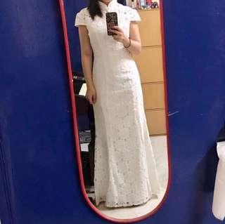 white wedding / dinner cheongsam