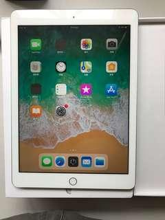 98%New AU Apple iPad 2018 WiFi 128GB Silver, Warranty date 20-8-2019