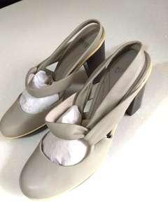 Camper Grey Leather Platform Heels