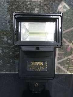 Sunpack camera flash