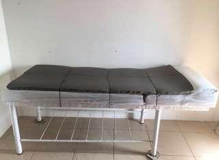 Facial bed / ranjang salon