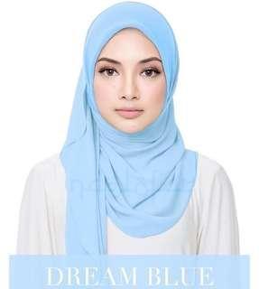 Naelofar Hijab in Sweet Helena Plain