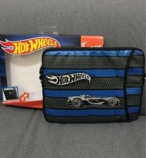 "Hotwheel bag 10"" size"