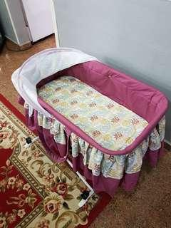 Portable Baby Bed / Baby Bassinet