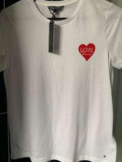 Tommy Hilfiger heart tee