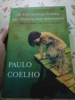 Di Tepi Sungai Pierdra Aku Duduk dan Menangis by Paulo Coelho