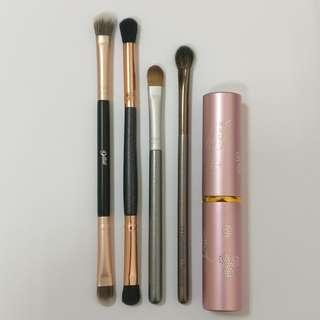 Makeup Brush Bundle - Eyeshadow and Retractable Powder Brush