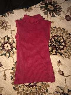 Ribbed turtle neck red wooly top