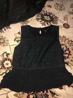 Black slight peplum crop top
