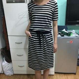 條紋連身洋裝