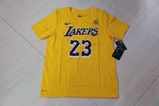 🏀現貨發售🏀NBA Nike LA Lakers Lebron James tee Youth size湖人勒邦占士美版大童tee