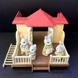 Sylvanian Families Willow Hall Extension