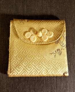 🚚 絲綢生理包