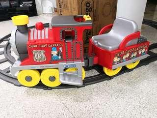 Peg perego rechargeable train with tracks