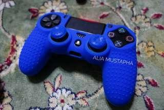 PS4 Premium Silicone Case: Blue adalah biru takkan lah hijau puler