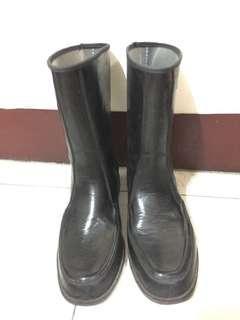 女警察專用雨鞋(全新)