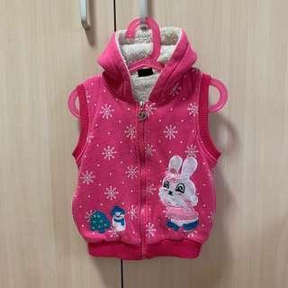 🚚 二手女童秋冬鋪棉連帽拉鍊背心外套 厚款 約4-5歲適穿 兩側有口袋 粉紅色