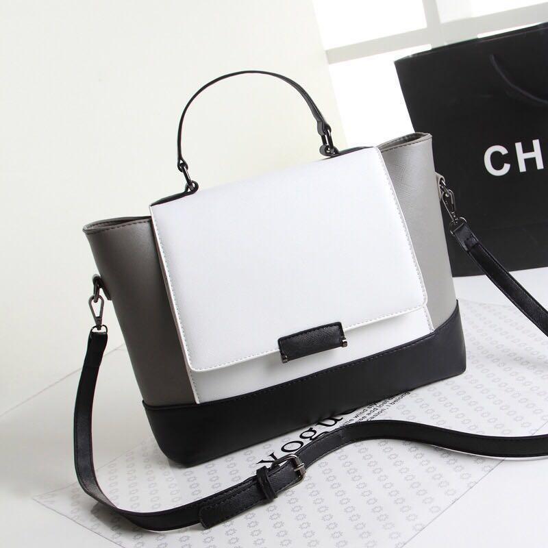 bc762487e63c 2-way Sling Hand Bag Celine Trapeze Style Medium Size Handbag for ...