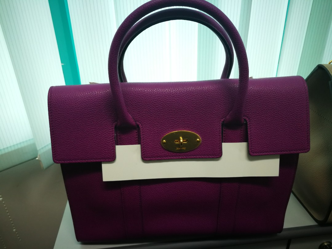 611cd0ac77 AUTHENTIC BRAND NEW MULBERRY BAYSWATER WITH STRAP IN VIOLET PURPLE WITH  GOLD HARDWARE